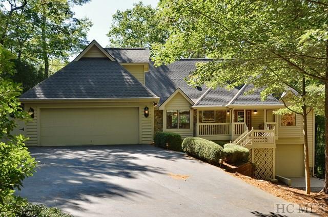 1.5 Story, Single Family Home,1.5 Story - Sapphire, NC (photo 2)