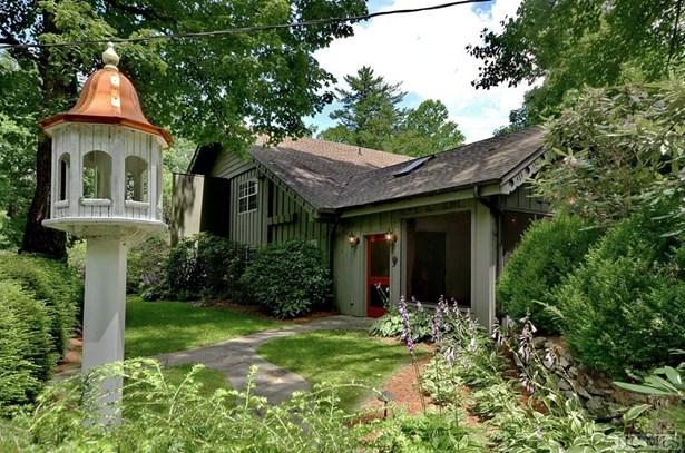 Single Family Home,2 Story, 2 Story - Sapphire, NC (photo 2)