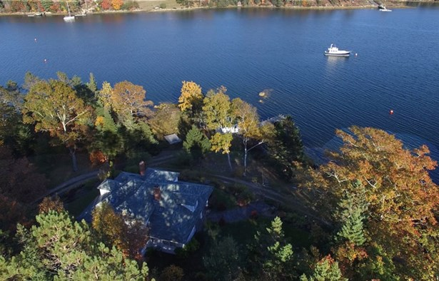 61 Borgels Point Road, Chester Basin, NS - CAN (photo 2)