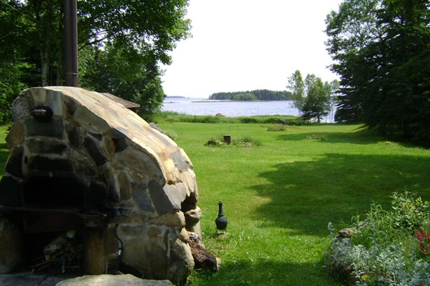 9169 Highway 331, Vogler's Cove, NS - CAN (photo 3)