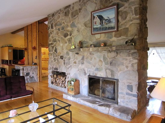 9169 Highway 331, Vogler's Cove, NS - CAN (photo 4)