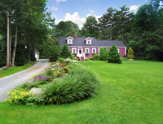 674 Main Street, Mahone Bay, NS - CAN (photo 1)