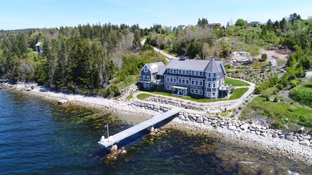 127 Boutiliers Point Road, Boutiliers Point, NS - CAN (photo 1)