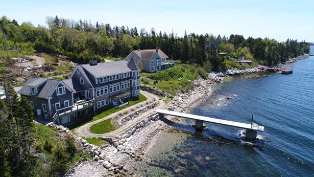 127 Boutiliers Point Road, Boutiliers Point, NS - CAN (photo 3)