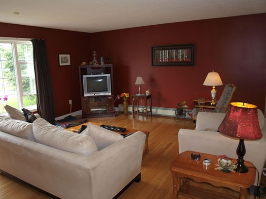 52 Stoneridge Court, Bridgewater, NS - CAN (photo 2)