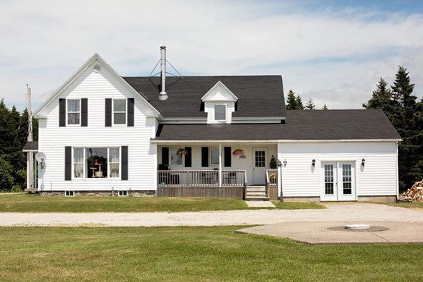 100 Mark Melanson Road, Comeauville, NS - CAN (photo 1)
