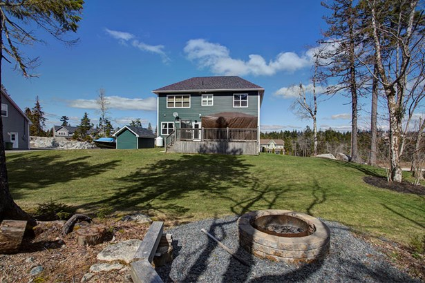 90 Rockfield Drive, Upper Tantallon, NS - CAN (photo 2)