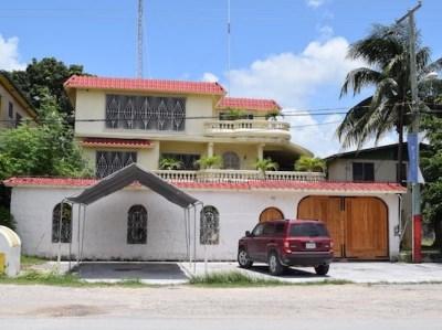 7th Avenue, Corozal Town - BLZ (photo 1)