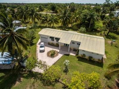 4 Coconut Grove, Consejo Shores - BLZ (photo 2)