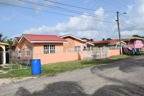 4 Rose Garden Street, Belmopan - BLZ (photo 1)
