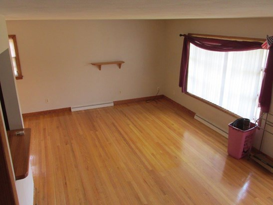 3 Level Split, Single Family Detached - Roanoke, VA (photo 3)