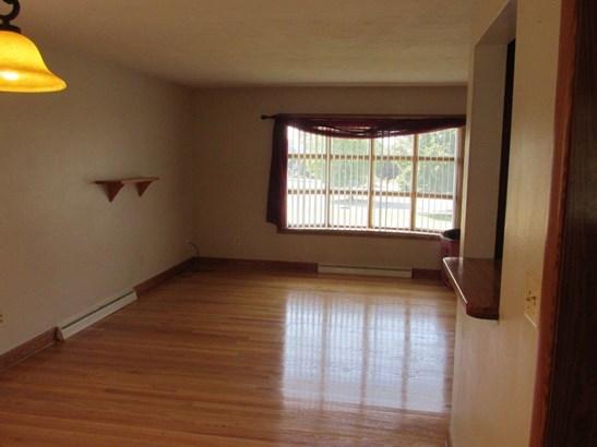 3 Level Split, Single Family Detached - Roanoke, VA (photo 4)