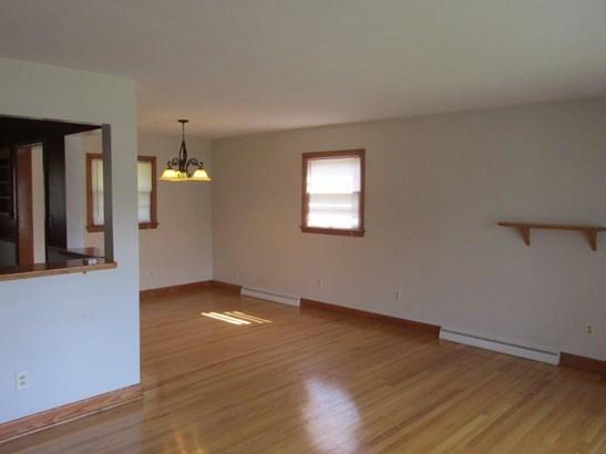 3 Level Split, Single Family Detached - Roanoke, VA (photo 5)