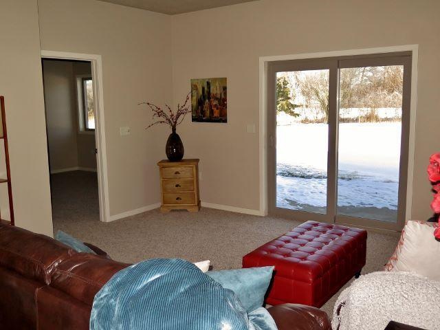 3329 Prairie Meadows Drive, Milford, IA - USA (photo 5)