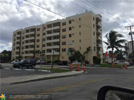 Condo/Co-Op/Villa/Townhouse, Condo 5+ Stories - Fort Lauderdale, FL (photo 5)