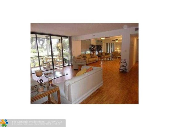 Condo/Co-Op/Villa/Townhouse, Condo 5+ Stories - Boca Raton, FL (photo 1)