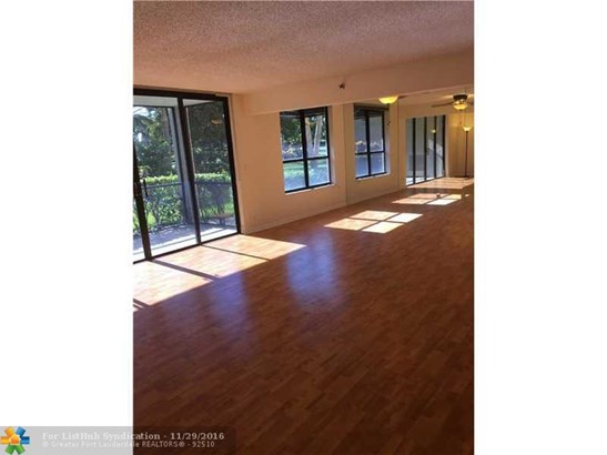 Condo/Co-Op/Villa/Townhouse, Condo 5+ Stories - Boca Raton, FL (photo 2)