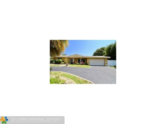 Single Family, WF/Pool/Ocean Access - Pompano Beach, FL (photo 2)