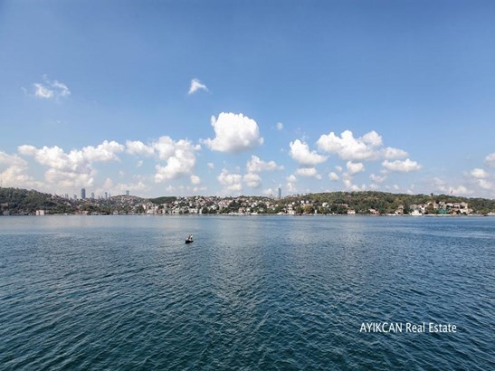 Istanbul - TUR (photo 2)