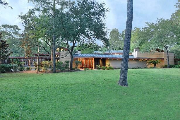 Cross Property, Contemporary/Modern - Bunker Hill, TX (photo 2)