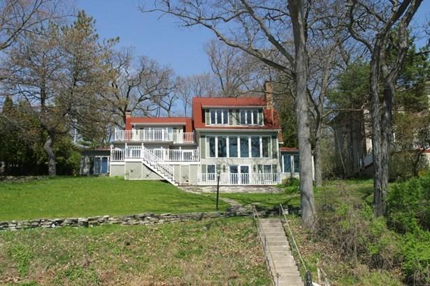 Colonial, 2 Story - Delavan, WI (photo 1)