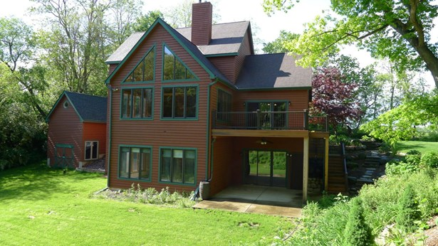 Contemporary, 2 Story,Multi-Level - Twin Lakes, WI (photo 1)
