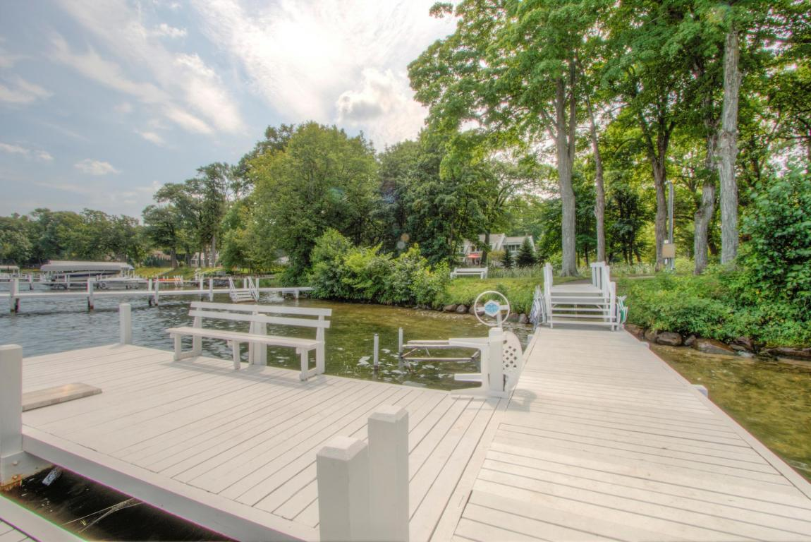 Cape Cod, 2 Story - Lake Geneva, WI (photo 5)