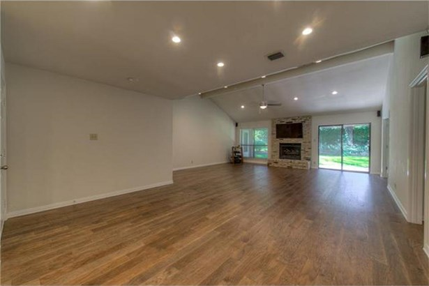 8014 Forest Mesa Dr, Austin, TX - USA (photo 5)