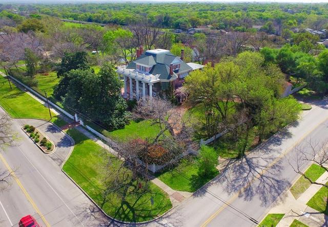 405 E Main St, Round Rock, TX - USA (photo 4)