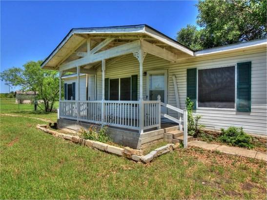 104 Brizendine Ave, Florence, TX - USA (photo 3)