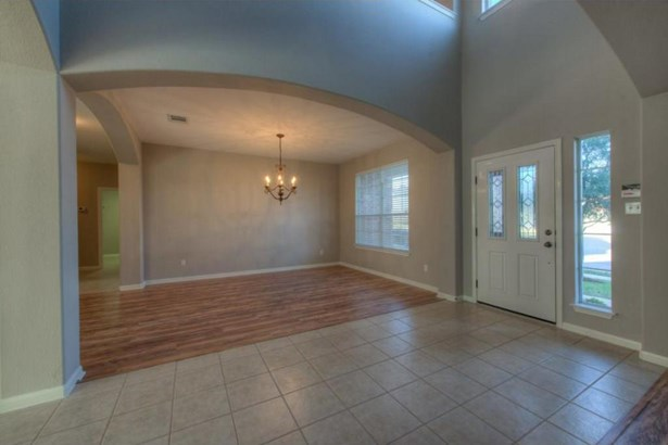 909 Rochester Castle Way, Pflugerville, TX - USA (photo 3)