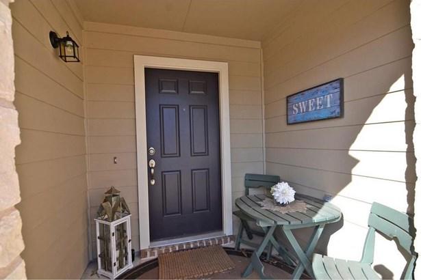 515 Hyltin St, Hutto, TX - USA (photo 2)