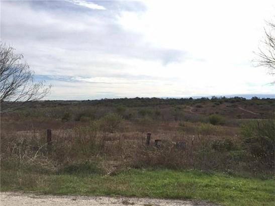 2653 Old Lehmann Rd, Seguin, TX - USA (photo 2)