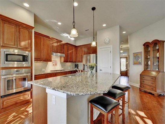 9550 Savannah Ridge Dr  37, Austin, TX - USA (photo 4)