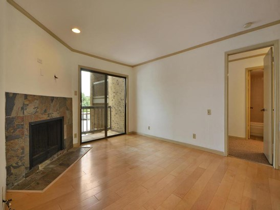 8888 Tallwood Dr  2210, Austin, TX - USA (photo 3)