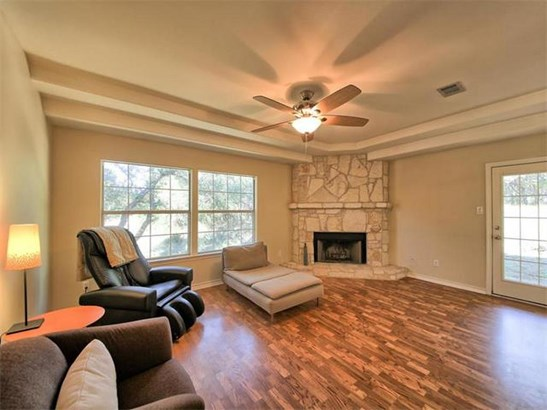2300 Nevins Cv, Lago Vista, TX - USA (photo 4)