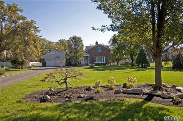 Residential, Farmhouse - West Islip, NY (photo 2)