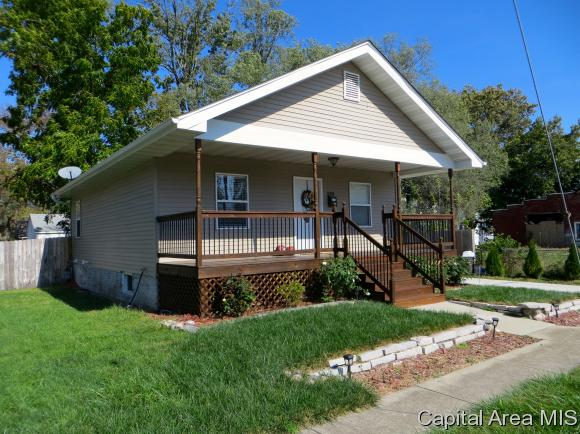 Bungalow,1 Story, Residential,Single Family Residence - Springfield, IL (photo 2)