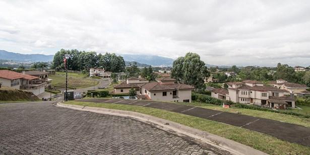 Colinas De Montealegre, Tres Rios - CRI (photo 4)