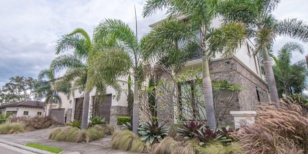La Hacienda, Santa Ana - CRI (photo 3)