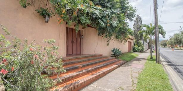 Guayabos, Curridabat - CRI (photo 1)