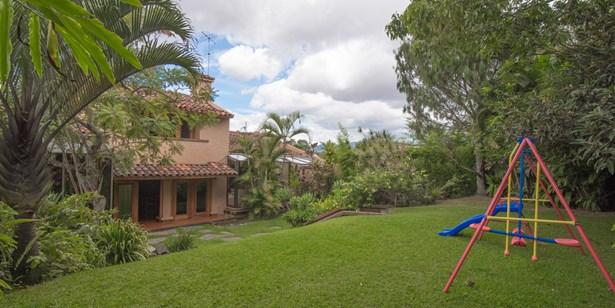 Guayabos, Curridabat - CRI (photo 3)
