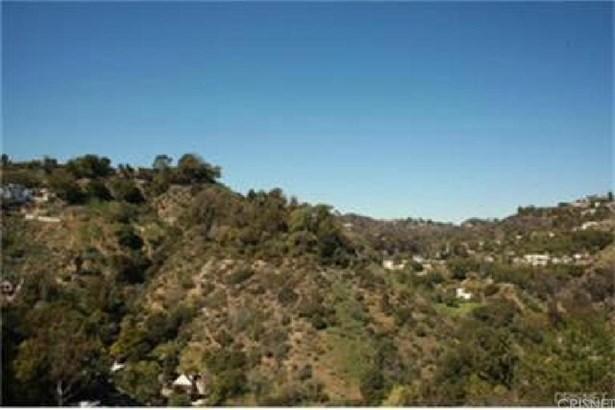8220 Mannix Drive, Los Angeles, CA - USA (photo 2)