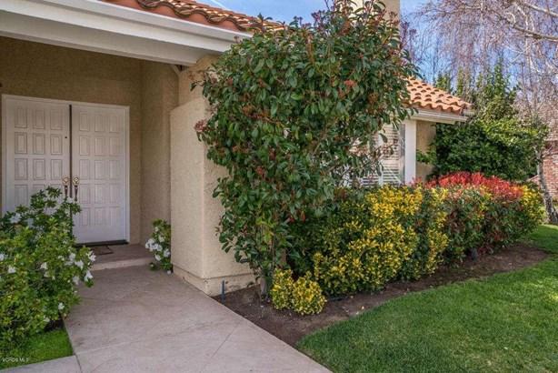 6029 Rustling Oaks Drive, Agoura Hills, CA - USA (photo 2)