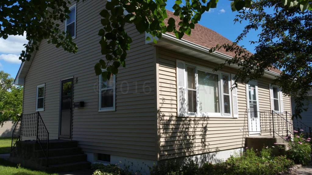 804 4 Street Se, Barnesville, MN - USA (photo 4)