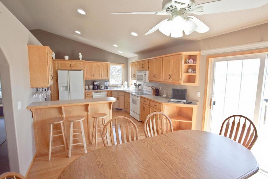 439 Clearview Court S, Moorhead, MN - USA (photo 2)