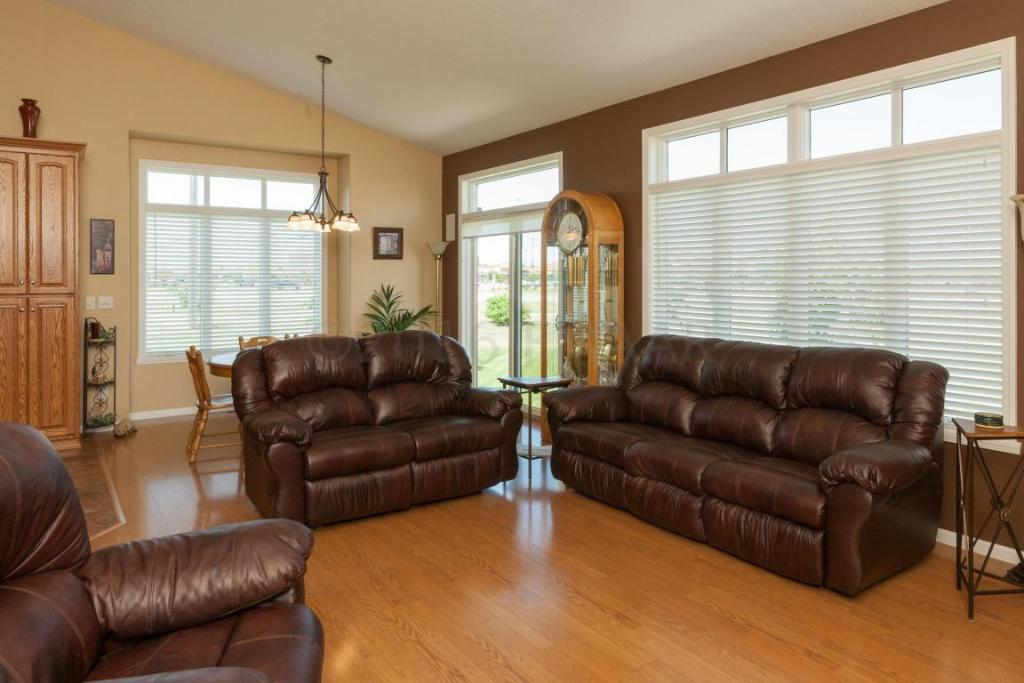 4283 Coventry Drive S, Fargo, ND - USA (photo 4)