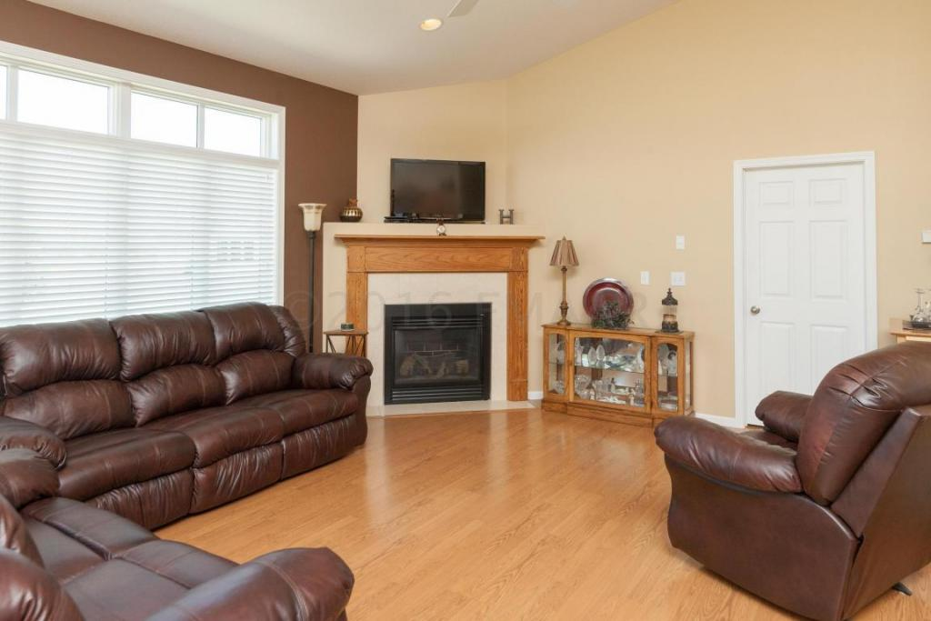 4283 Coventry Drive S, Fargo, ND - USA (photo 5)