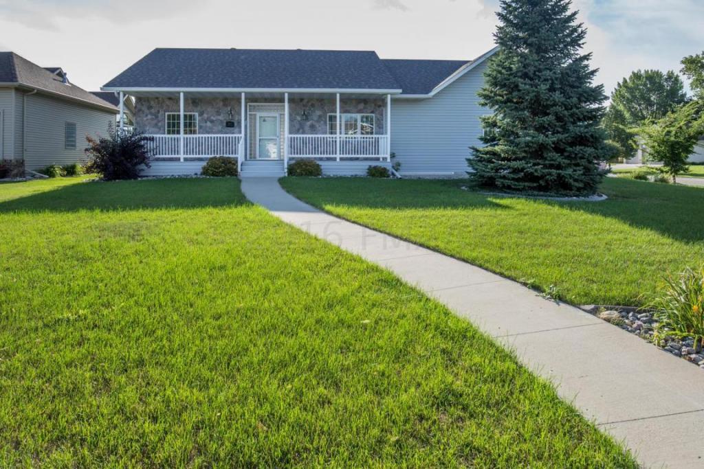 2047 Ruxton Court, West Fargo, ND - USA (photo 1)