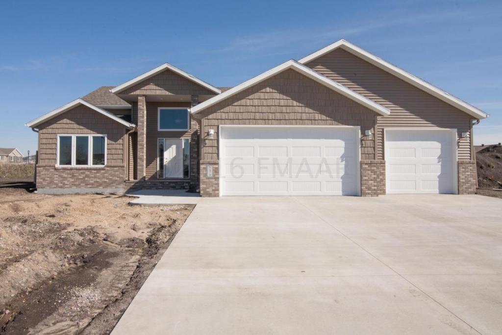 5479 34 Avenue S, Fargo, ND - USA (photo 1)